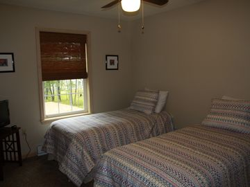 Second Floor Bedroom - Two Twin Beds