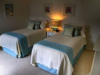 Pacific Grove house photo - Second bedroom made up as 2 twins