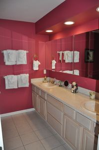 Key Colony Beach house rental - Master bath with double vanity.