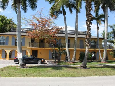 Front of Maison du Soleil under the Palm Trees