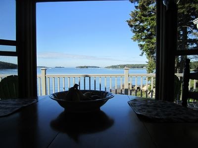 Spruce Head cottage rental - Dining room area, overlooking the ocean.