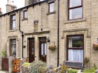 WEST VIEW COTTAGE, family friendly in Horton-In-Ribblesdale, Ref 1001