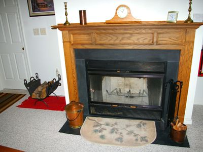 Berkeley Springs house rental - Fire place
