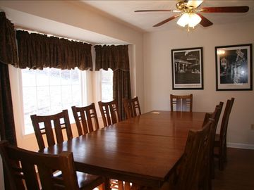 Large Dining Room, seating for 10
