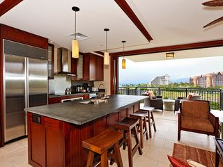 Ko Olina villa photo - Kitchen / Breakfast bar