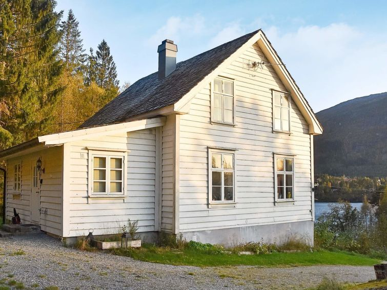 Vacation home Viskedal  in Førde, Northern Fjord Norway - 8 persons, 4 bedrooms