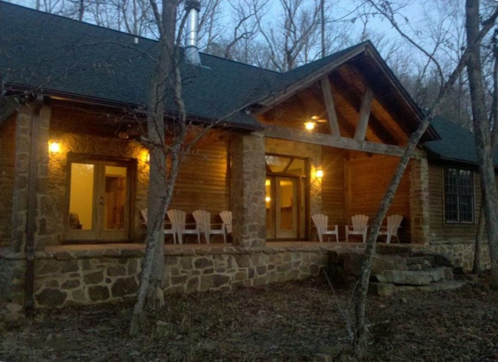 Woolly Bugger River House On the Little Red... - VRBO