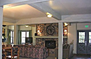 Silverthorne house photo - Large living room with TV and plenty of comfortable seating