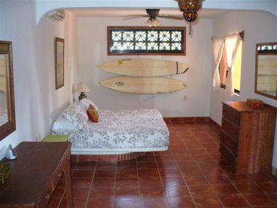 Casa Dos Palmas- huge 2nd Floor Bedroom with Private Bath