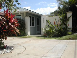 Kihei cottage photo - Cottage entry with private parking.