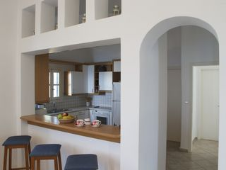 Andros villa photo - Kitchen & breakfast bar