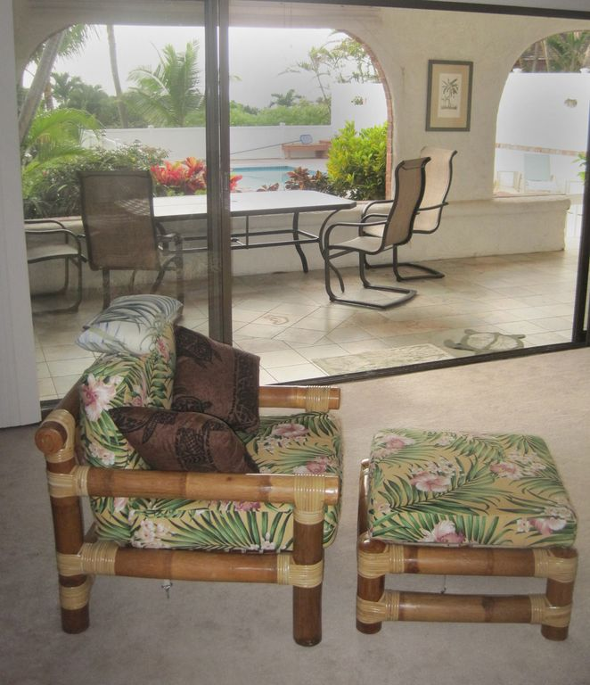 Front rooms look out onto lanai & pool area