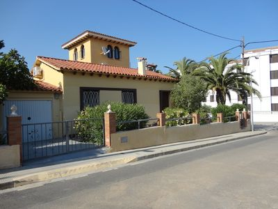 CHALET TO 250 METERS FROM THE BEACH, IDEAL FOR FAMILIES IN A PLANT WITH OLDER