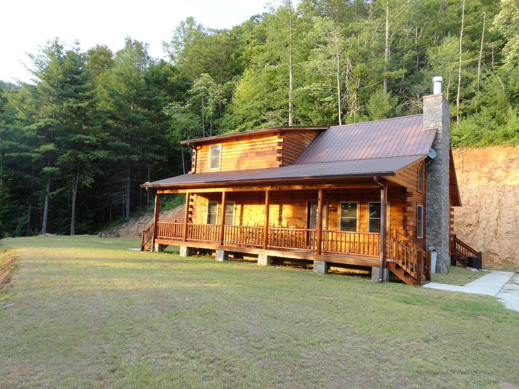 Bryson city vacation rental vrbo 446342 3 br smoky Smoky mountain nc cabin rentals