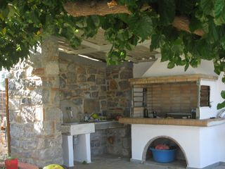 Evia cottage photo - the barbeque