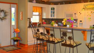 Lake Anna house photo - Large Island in kitchen with seating for 7