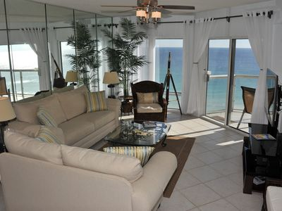 Emerald Isle 1105 - Gulf Front **Free Beach Chairs** Luxury Living