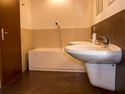 Luino house rental - Ensuite bathroom Villa Sereni