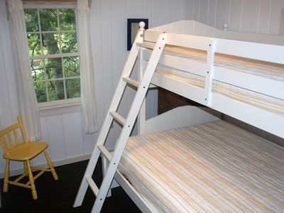 Bunk room with twin/full bunkbed