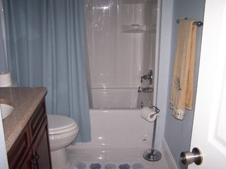 Winter Haven condo photo - Hall Bathroom