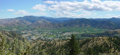 THIS IS OUR TOWN OF CASHMERE, CLOSE TO LEAVENWORTH, SEE THIS ON A SHORT HIKE!