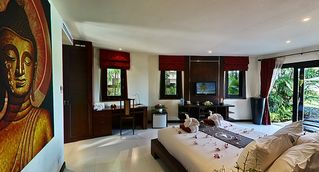 Kamala beach villa photo - Bedroom nr 4 (Lily) Downstairs King Size with big bathroom and jacuzzi