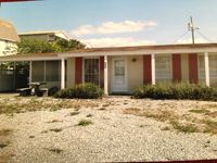 Quiet, Family Friendly Cottage Just Steps From Beautiful Beach On Gulf Of Mexico