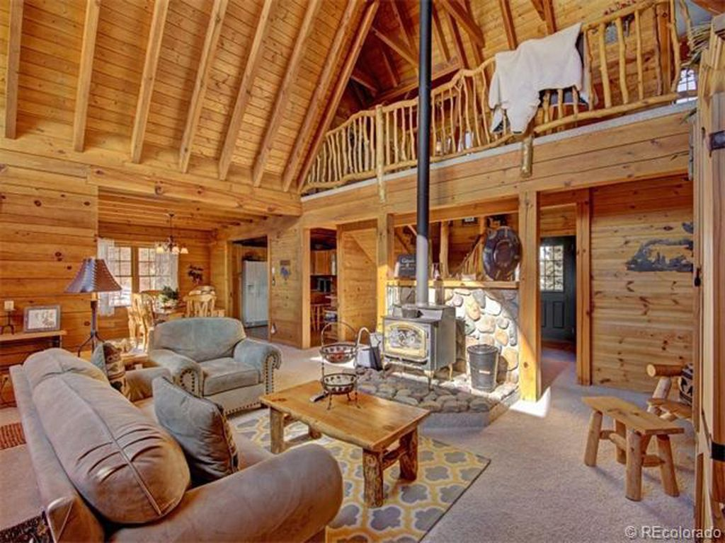 large log home wonderful family retreat vrbo. Black Bedroom Furniture Sets. Home Design Ideas