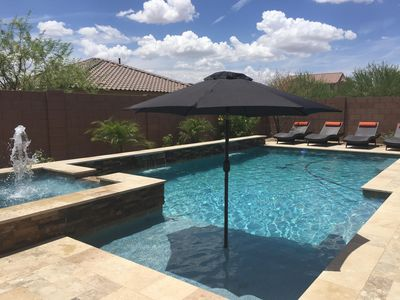 Tranquil 3 Bedroom Retreat w/ Den and Luxurious Private Spa & Pool
