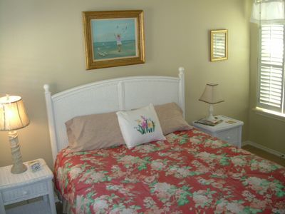 Rockport house rental - East Waterside Queen Bedroom w/Bath