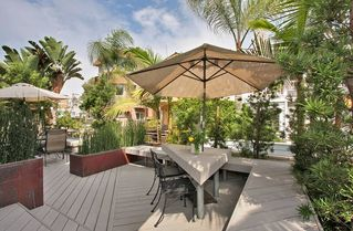 Mission Beach house photo - Socialize in the shade of the palm encircled deck!