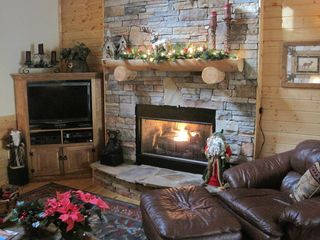 Ellijay cabin photo - River Vista Is Great For The Holidays!