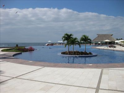 Large Infinity Pool with poolside bar/restaurant, and of course, great views!