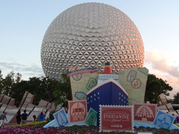 Cheers! Experience EPCOT's Annual International Food & Wine Festival in Autumn.