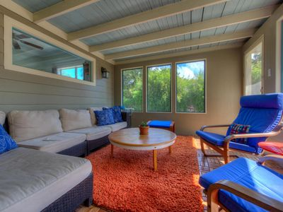 Screened porch is fully furnished