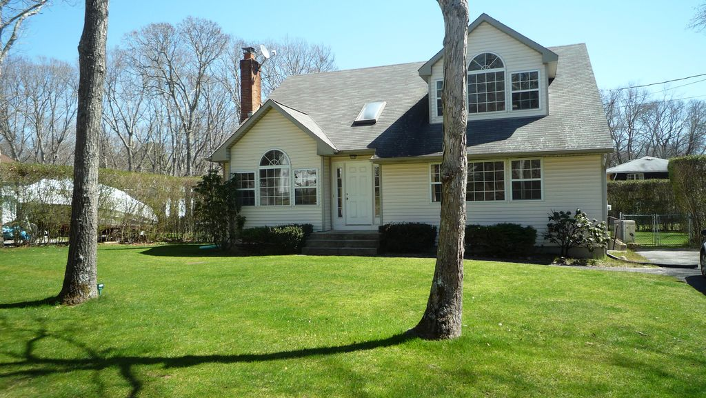 Sag Harbor Village Home with 4 Bedrooms Heated Pool, A/C and ...