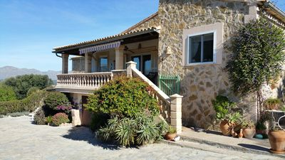 Finca Son Tururut holiday to dream in northern Mallorca 4 bedrooms, 3 bathrooms