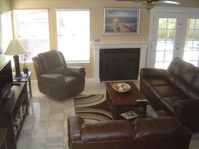 Ahwatukee house rental - Living room