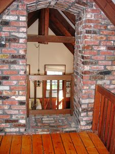 Marblehead cottage rental - Post and beam ceilings