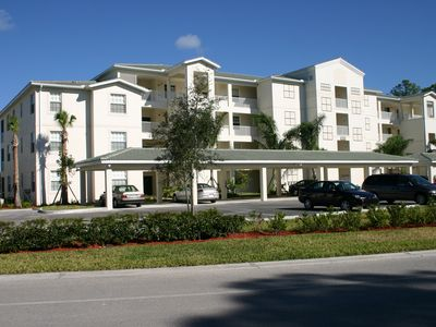 Forest Glen Golf and Country Club Naples condo rental - Forest Glen Condo Building