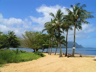 Walk to Princeville Beach