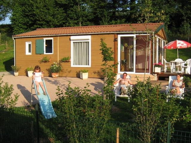 Chalet bungalow, Internet access and spas, at a low price