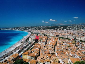 Nice Old Town (Vieux Nice) apartment rental - Closed to the beach, most famous street of Nice, a few meters from the Opera
