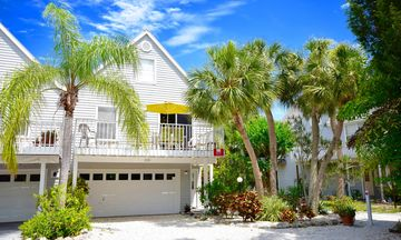 Anna Maria townhome rental - North Beach Villa