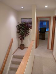 Frisco townhome photo - Upper level hallway