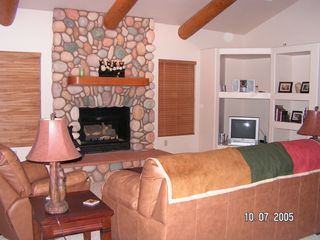 Pinetop condo photo - Family Room with Fireplace, Wireless Internet , Flat screen TV,DVD