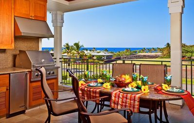 Kolea Villa 1E 'Tropical Paradise' - Lanai Kitchen/Dining with Ocean Views!