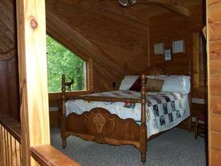 Woolwine cabin photo - Loft Bedroom