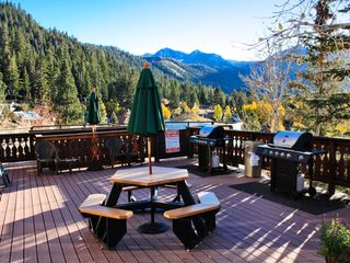 June Lake condo photo - BBQ and Picnic Area on the Balcony at The Heidelberg Inn