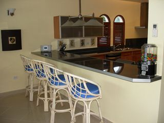 Simpson Bay condo photo - Dining area